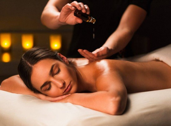 Here are the reasons why oil massage is good for health At Kanchipuram